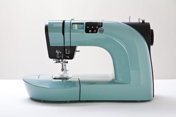 Toyota Oekaki in grün m. Freihandstickfunktion Ausstellungsmaschine